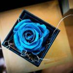 cutie de carton cu capac calitate premium de cadouri si flori